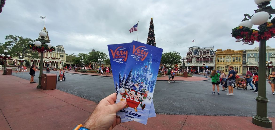 Explore The New Mickey's Very Merry Christmas Party Map