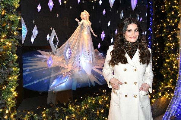 """SAKS and DISNEY Celebrate the Season with Disney's """"FROZEN 2"""" and a Very Special Unveiling Performance by Idina Menzel 2"""