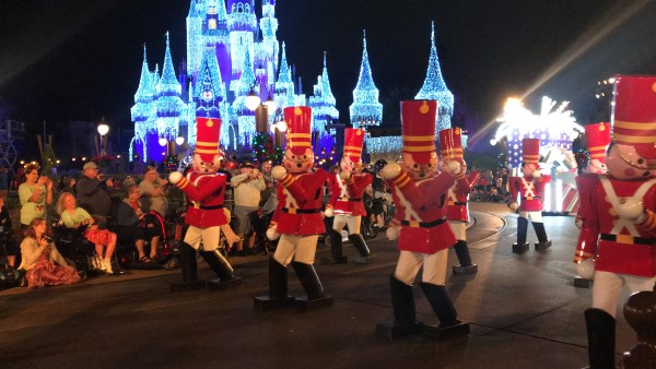 Mickey's Very Merry Christmastime Parade Is The Perfect Way To Celebrate The Season 5