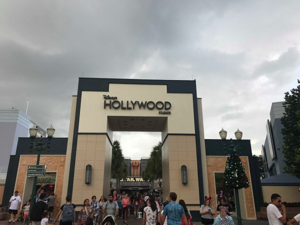 New Disney's Hollywood Studios Sign Has Been Revealed! 2