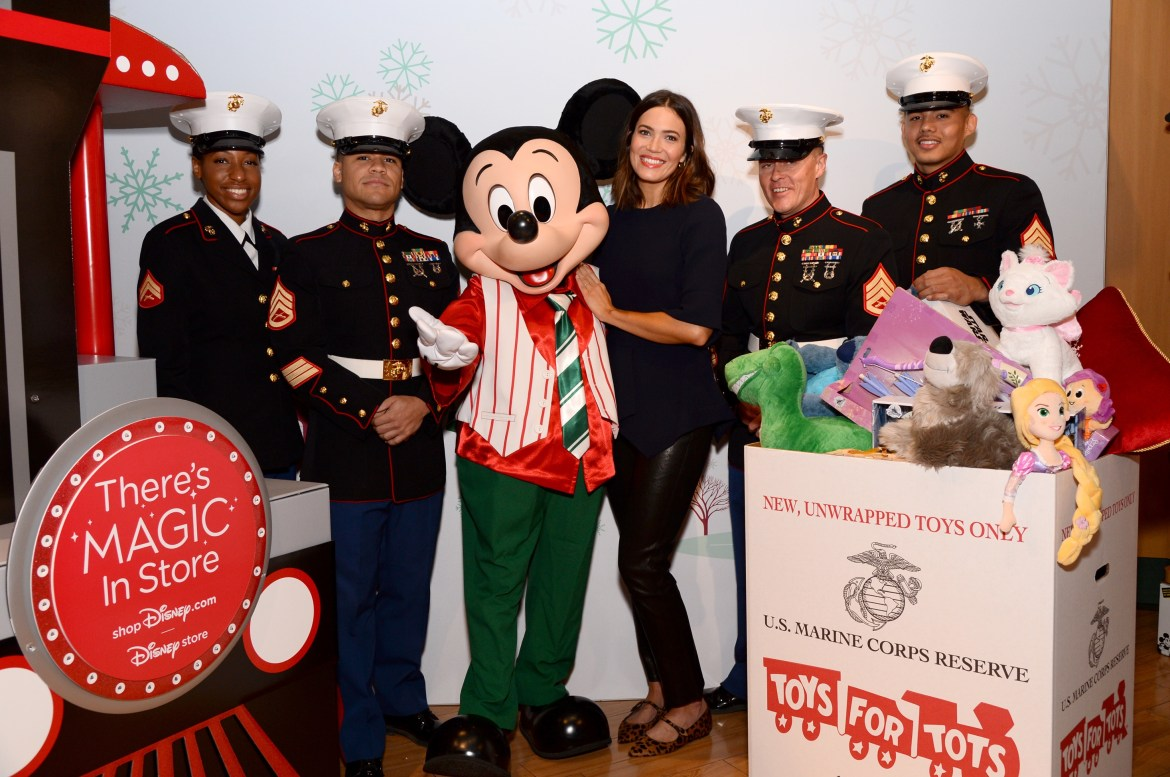 Mandy Moore Kicks off shopDisney.com|Disney store – Toys for Tots Holiday Campaign
