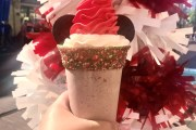 Schmoozies Is Shaking Things Up This Season With New Mickey Peppermint Shake