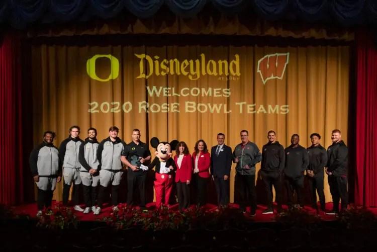 Disneyland Resort Welcomes Rose Bowl Game-Bound Teams, Oregon and Wisconsin
