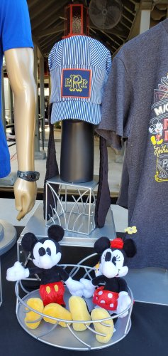 Preview of Merchandise for Mickey & Minnie's Runaway Railway! 14