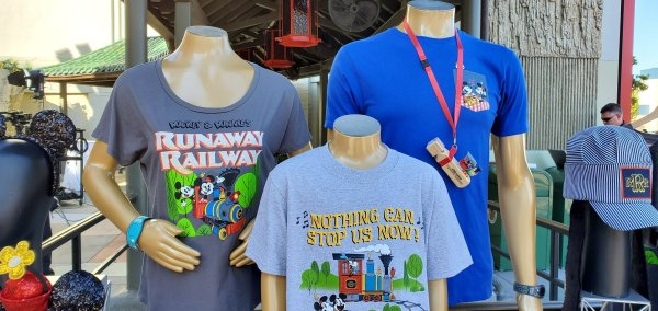 Preview of Merchandise for Mickey & Minnie's Runaway Railway! 1