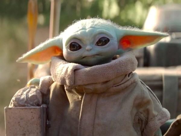 "Jon Favreau Credits Donald Glover with the Idea to Keep ""Baby Yoda"" a Secret 3"