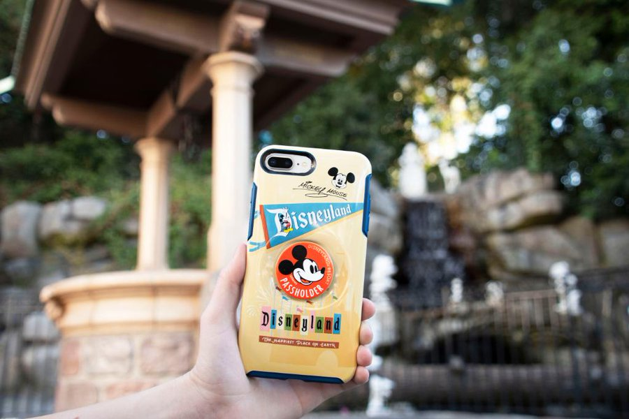 Disney Annual Passholder Otterbox Cases With PopSockets 2