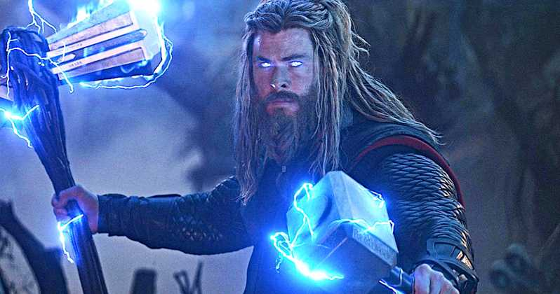 Chris Hemsworth's Wife Claims He Stole 5 'Mjolnir' Hammers From Marvel