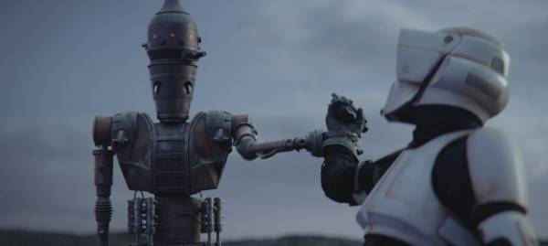 Star Wars Fans Love to Hate and Hate to Love the Surprise Cameos in 'The Mandalorian' Finale 2