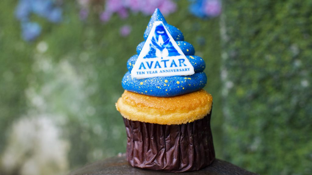 Celebrate the 10-year Anniversary of 'Avatar' at Disney's Animal Kingdom with this special cupcake and merch
