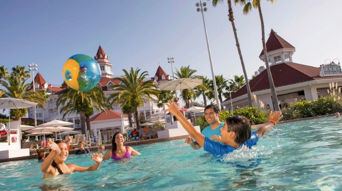 Bask in the Sun & Fun – Save Up to 25% on Rooms This Spring and Summer