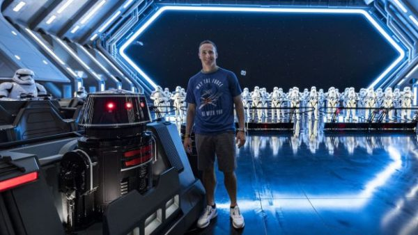 Drew Brees Visits Star Wars Galaxy's Edge While in Florida for the Pro Bowl 1