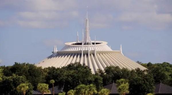 Guest suing Disney