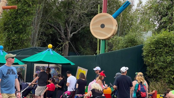 Construction of Roundup Rodeo BBQ in Toy Story Land 1