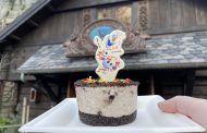 The New Olaf Oreo Cheesecake Is Like Warm Hugs