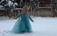 VIDEO: Adorable Little Girl Dressed Like Elsa Performs 'Let It Go' In the Snow