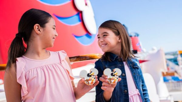 Captain Mickey And Minnie Cookies Coming To Disney Cruise Line 1
