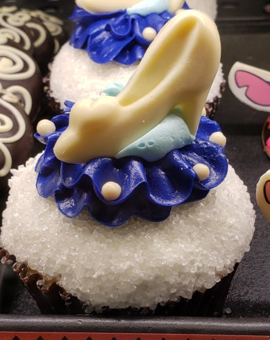 Cinderella Glass Slipper Cupcake At Polynesian Resort 2