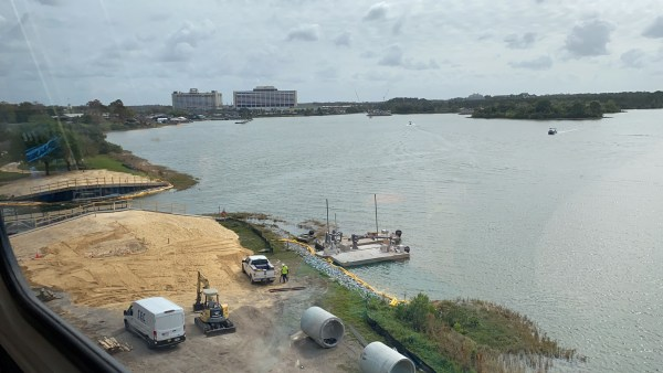 Grand Floridian to Magic Kingdom Walkway Construction Update 4