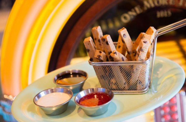 New Plant-Based Cookie Fries are Now Available at Walt Disney World 1