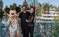 John Stamos Shares Message of Hope Using