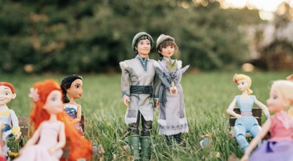 Disney Wedding Photos: Anna and Kristoff's Royal Wedding 2