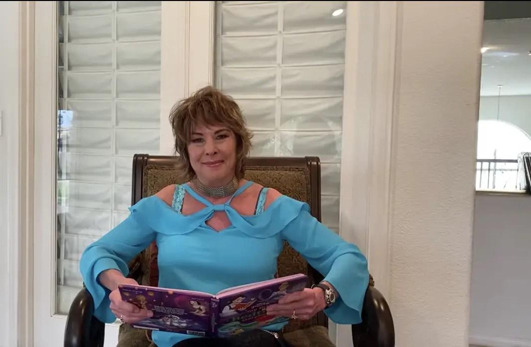 Paige O'Hara reads Beauty & the Beast