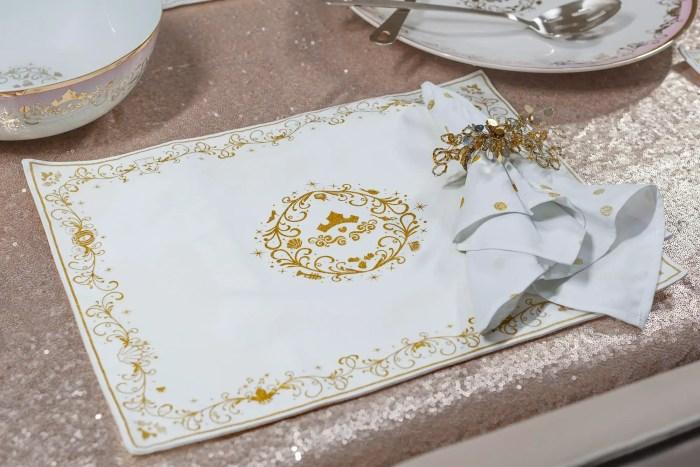 Disney Princess Dinnerware And Serving Set Add An Enchanting Touch 5