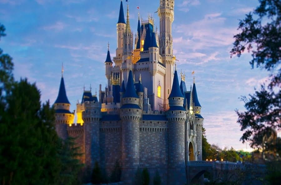 Walt Disney World no longer accepting reservations before July 1st