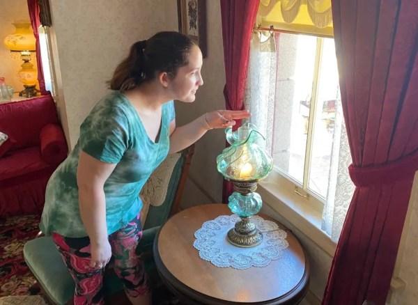 The Lamp Still Glows at Walt's Apartment in Disneyland 2