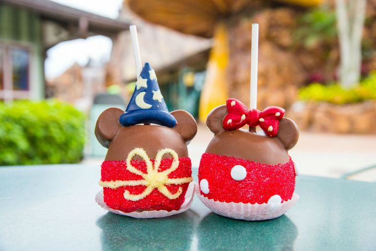 Try this at home – Mickey Candy Apples