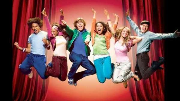 A 'High School Musical' Cast Reunion Is On The Way! 1