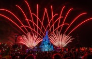 See a special presentation of Disney Illuminations show from Disneyland Paris TONIGHT!