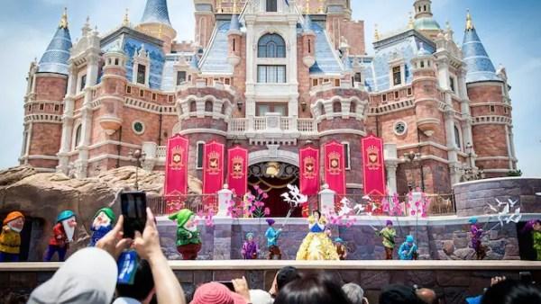 Shanghai Disneyland Stage Shows Resume Operations 3