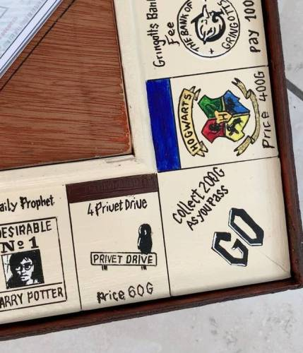 Man Builds 'Harry Potter' Monopoly Game from Scratch for His Girlfriend 2