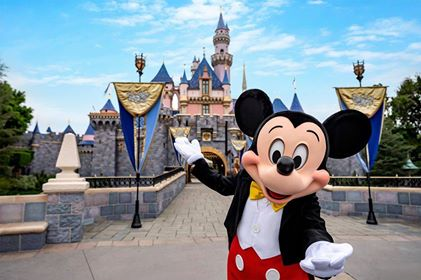 California Developing Reopening Guidelines for Disneyland and Other Theme Parks