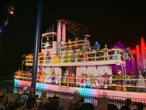 Actors' Equity Association Rejects Safety Plan for Walt Disney World Performers 1