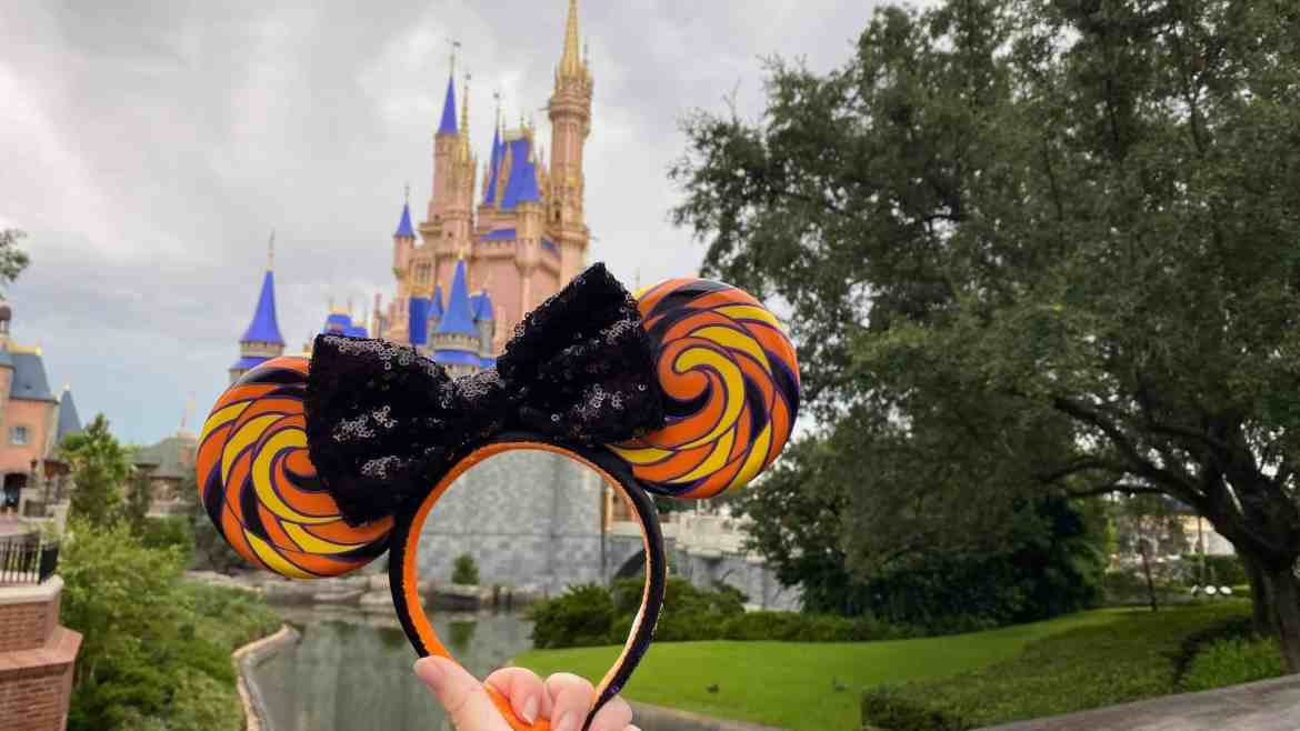'Sweet and Spooky' Minnie Lollipop Ears are a Festive Treat for Halloween