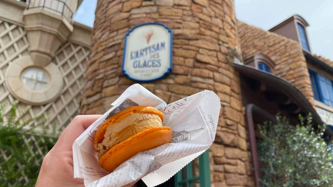 The Pumpkin Spice Ice Cream Macaron is Back at Epcot