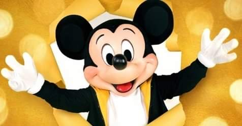 Mickey watches the NBA Finals