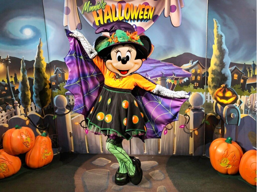Minnie's Halloween Dine at Hollywood & Vine is a monster of a feast!