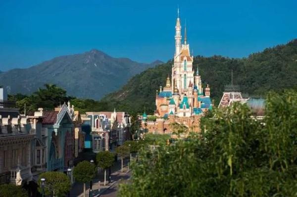 Hong Kong Disneyland Unveils New Castle of Magical Dreams 2