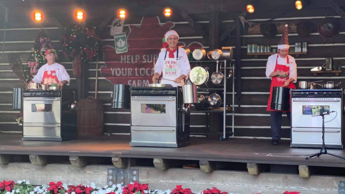 JAMMitors are Baking Spirits Bright at Epcot's Festival of the Holidays