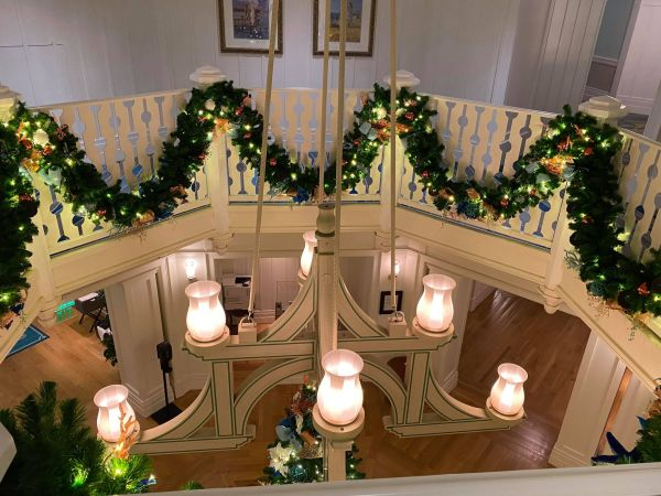 Christmas decorations delight guests at Disney's Beach Club Resort 3