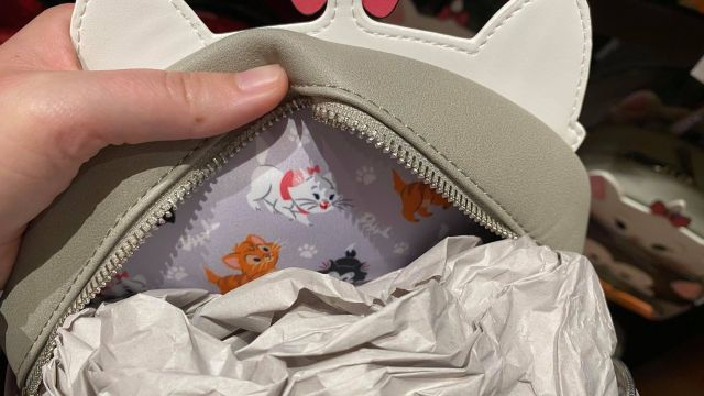 Adorable New Disney Cats And Disney Dogs Loungefly Collection 7