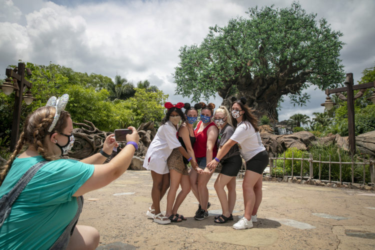 Disney World updates Physical Distancing Policy for large parties