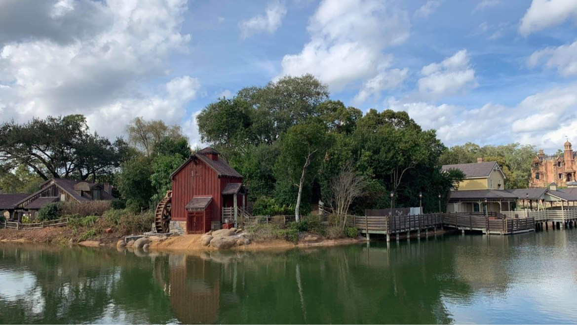 Rivers of America in the Magic Kingdom completely refilled