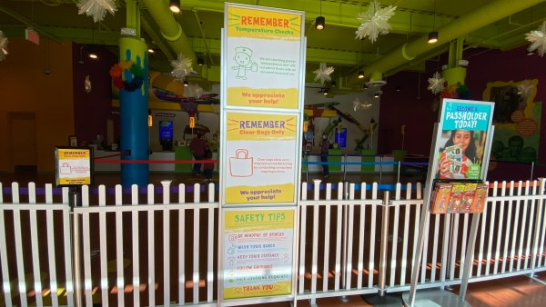 Crayola experience information sign