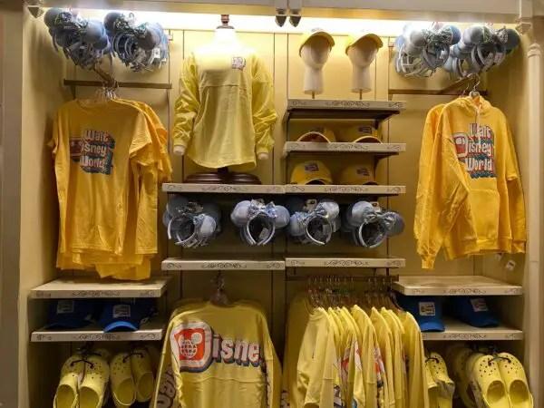 Pineapple Yellow Crocs & Spirit Jersey Spotted at Disney World 1