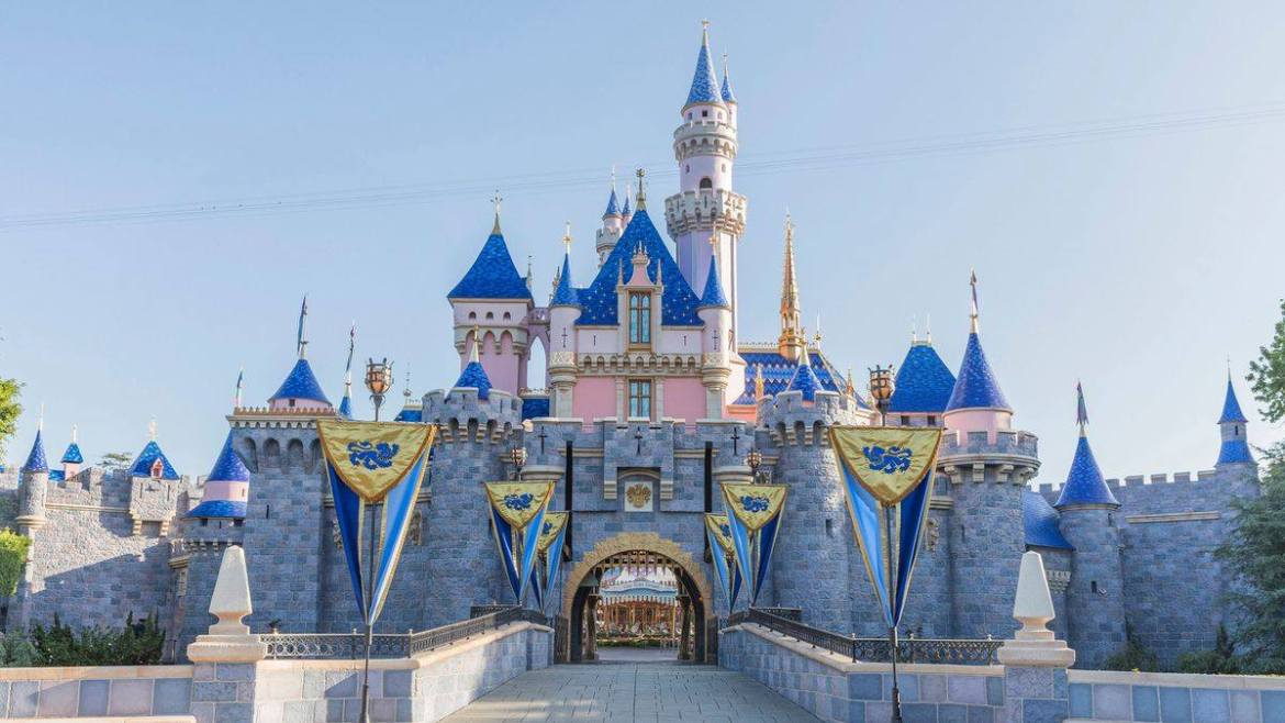More details released on the COVID-19 Super POD Vaccination Site at Disneyland